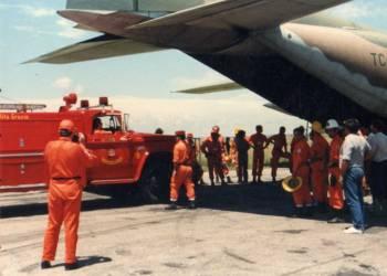 Movil del Cuartel rumbo a incendio en el bolson 1987